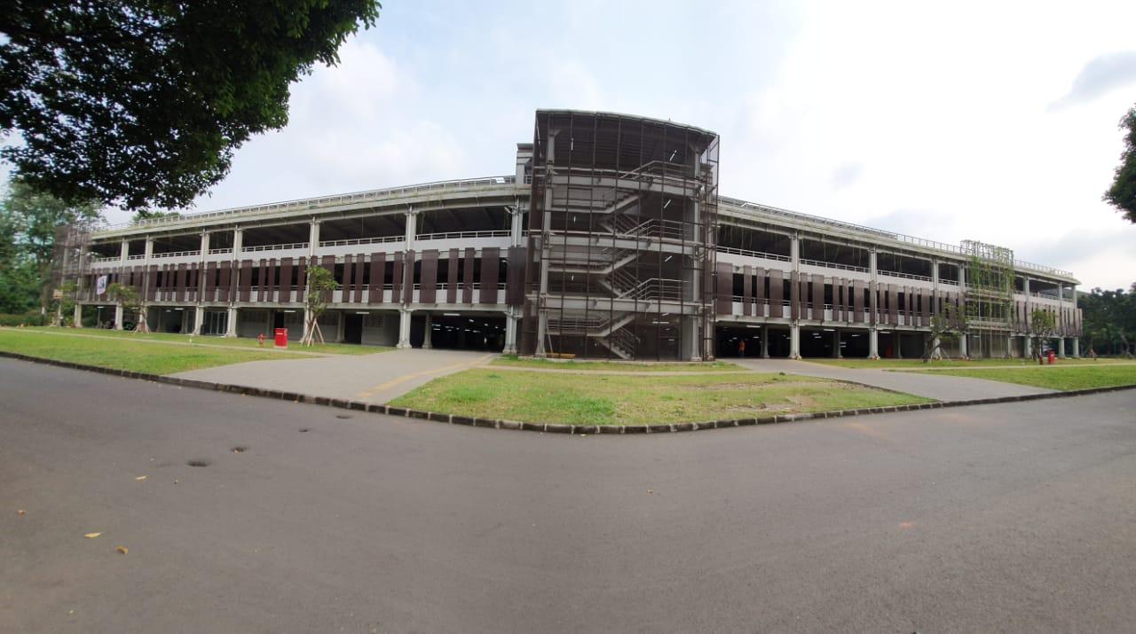 Gedung Parkir Bertingkat Gelora Bung Karno Jakarta